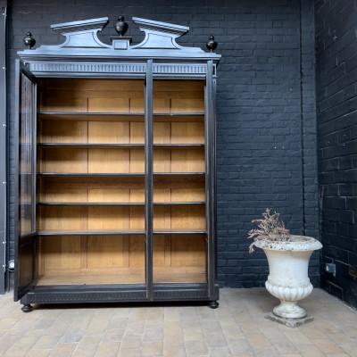 Large Napoleon III library