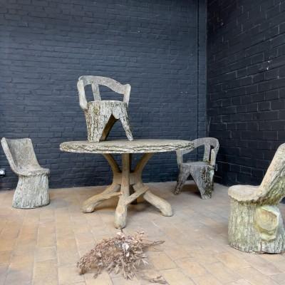 Salon de jardin en béton façon tronc d'arbre