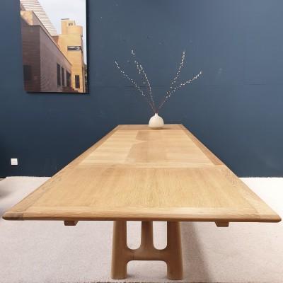 Table à l'italienne par GUILLERME et CHAMBRON 1950
