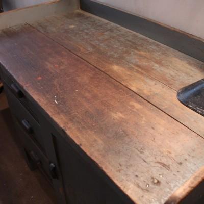 Petit établi d'atelier en bois