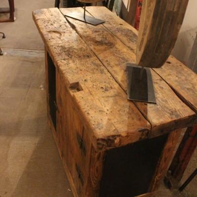 Ancien établi d'atelier métal et bois