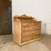 Ancienne commode en bois 108 x 55 x h112 cm - www.ma-petite-boutique.fr