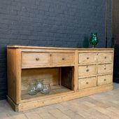 Ancien meuble de métier en bois - plus d'infos sur www.ma-petite-boutique.fr