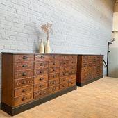 Ancien meubles de quincaillerie - 176.5 x 33.5 x h88 cm  dispos sur www.ma-petite-boutique.fr