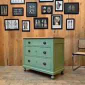 Ancienne commode en bois 3 tiroirs 94 x 47 x h85.5cm - plus d'infos sur www.ma-petite-boutique.fr