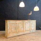 Ancien comptoir d'épicier - 240 x 50 x 101 cm - disponible sur notre site